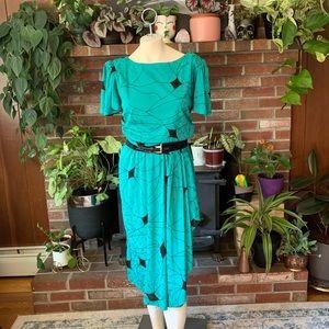Gorgeous vintage 80s secretary dress